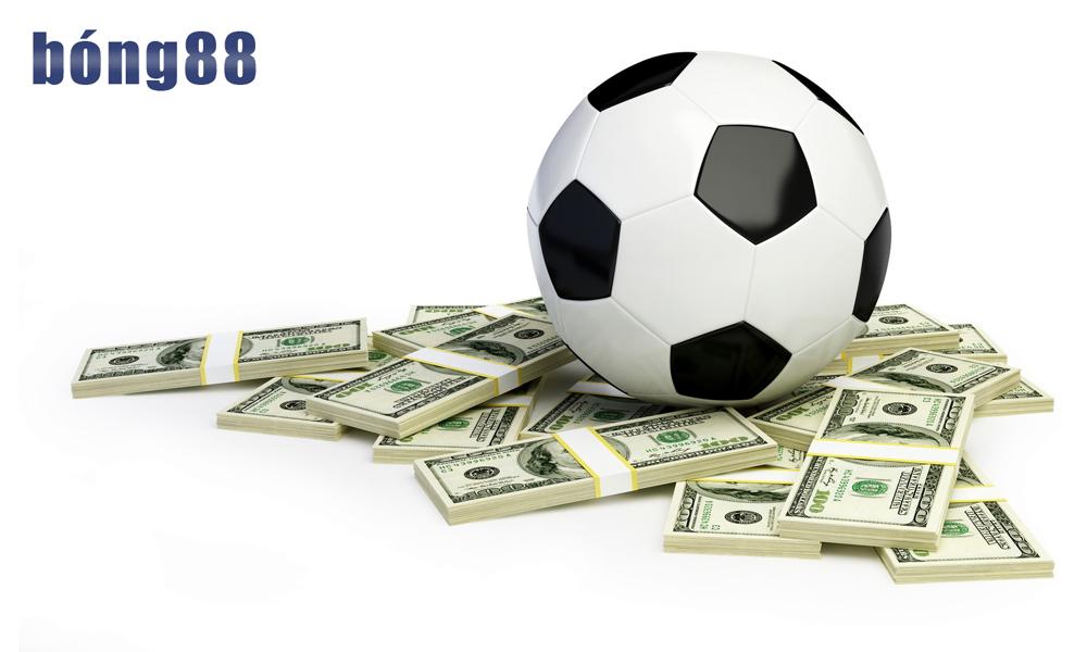 Tiền cỏ hay tiền com trong cá độ đá bóng là gì?